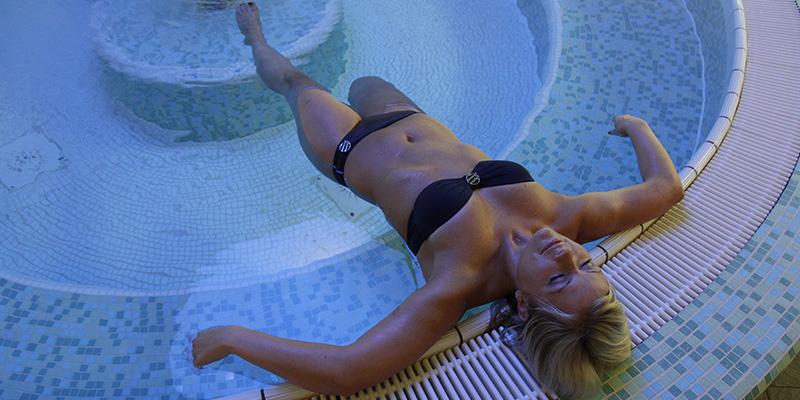 Katzenbuckel therme waldbrunn becken attraktionen - Whirlpool temperatur sommer ...
